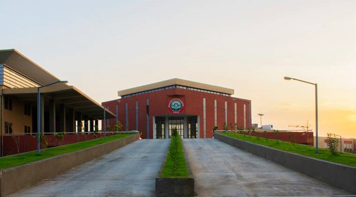https://www.vidhigya.in/IIM ROHTAK INTRODUCES INTEGRATED LLB PROGRAMME, THROUGH CLAT